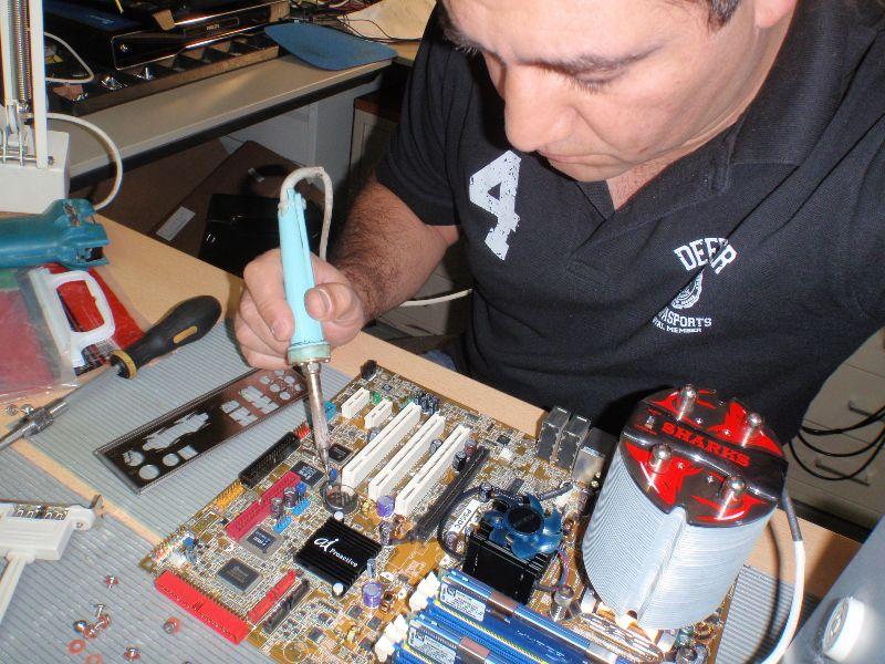 Computer reparatie hulp in Hamburg (Duitsland)