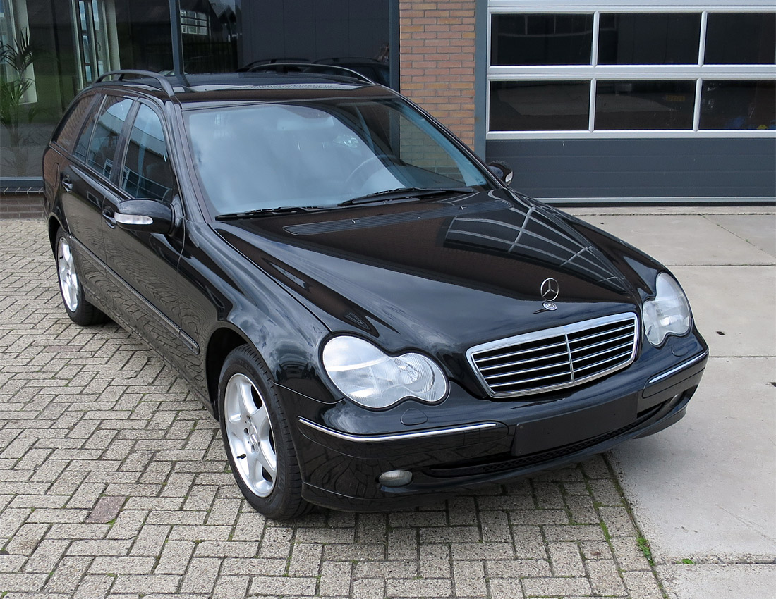 Mercedes-benz w203 C270 cdi Avantgarde Automaat 2001